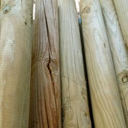 Tutor de madera