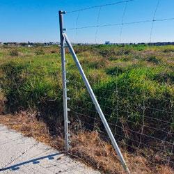 Poste de Arranque o Extremo para Malla Ganadera de 1.5 m. (1.80m. de largo)
